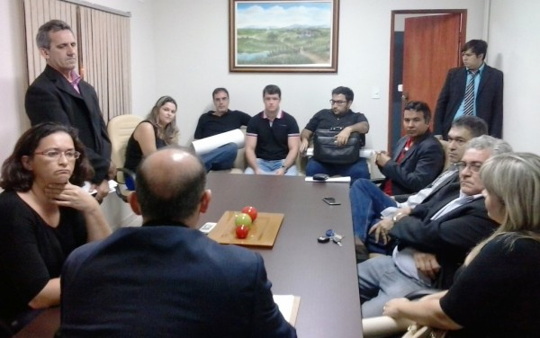 _CMC_Servidores_Comissao