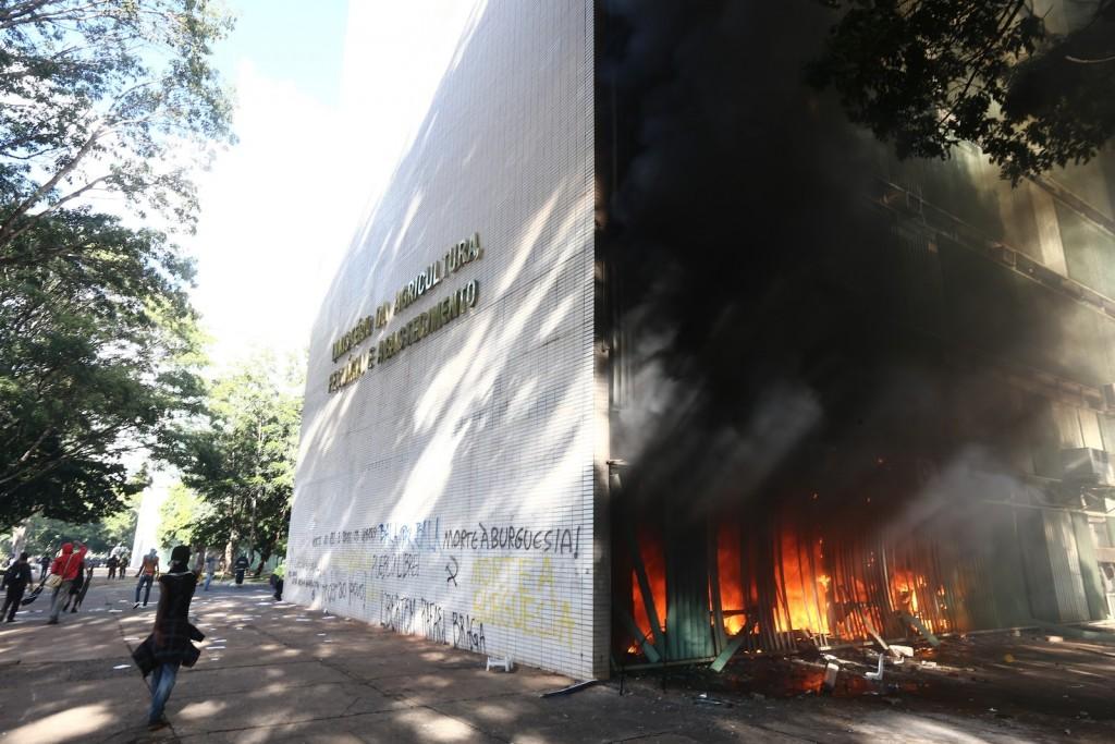 fogo-ministerio-1024x683
