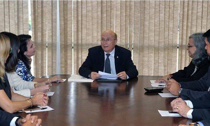 xMinistro-da-Justica-Osmar-Serraglio.jpg.pagespeed.ic.-pUBS9L4nQ