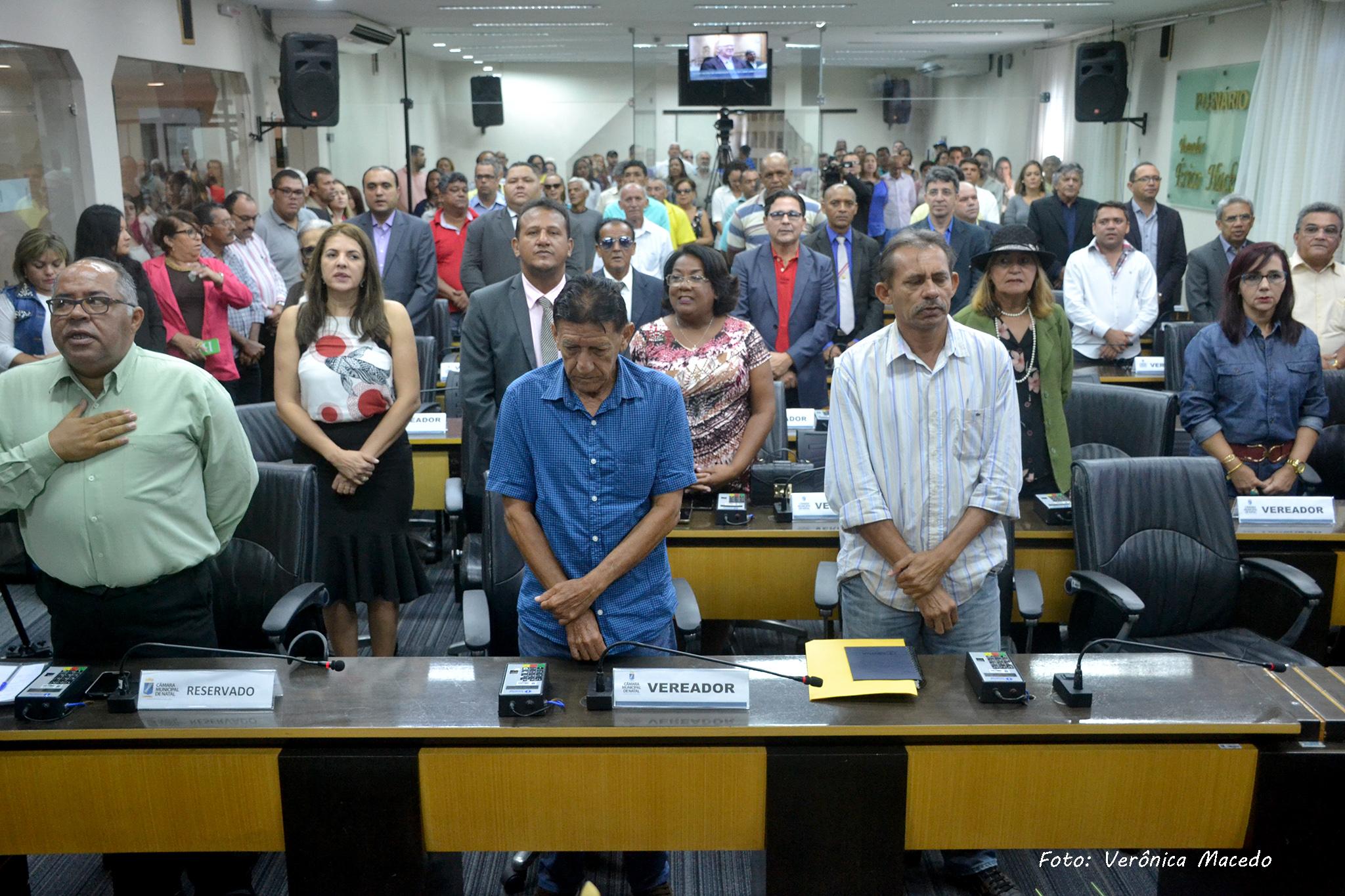 Resultado de imagem para Câmara celebra Dia Nacional do Líder Comunitário em solenidade