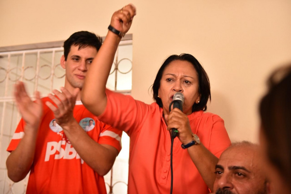 Rafael-Motta-e-Fátima-Bezerra-e1542798971577