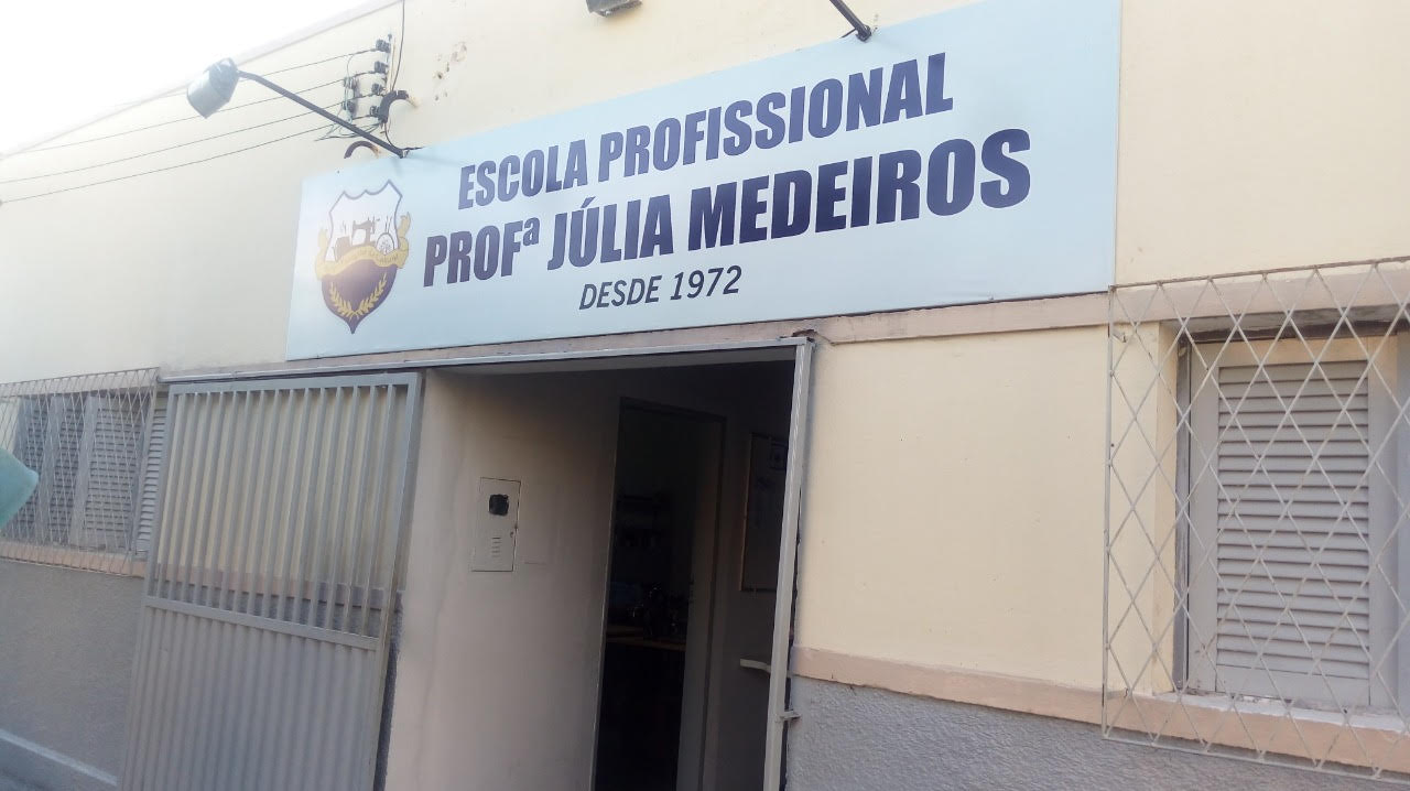escola_juliamedeiros