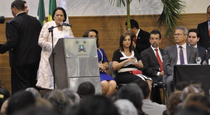 governadora-do-rn-fátima-bezerra-posse-discurso-primeiro-730x400