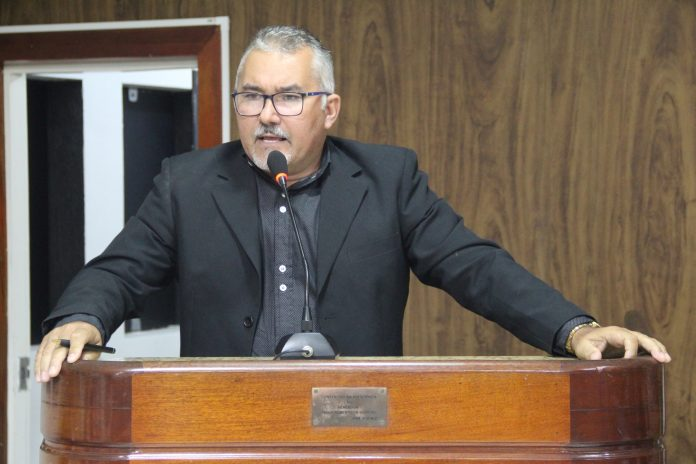 pastor-erinaldo-lino