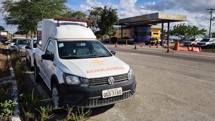 Ambulancia-foi-encontrada-abandonada-pela-PRF-na-BR-226